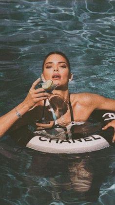 Kendall Jenner Wallpaper, Kendall Jenner Icons, Kendall Jenner Outfits, Kendall And Kylie, Boujee Aesthetic, Bad Girl Aesthetic, Aesthetic Collage, Aesthetic Vintage, Aesthetic Pictures