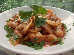 Mâncare de fasole păstăi - Bucate Aromate I Foods, Pasta Salad, Chicken, Ethnic Recipes, Parenting, Kids, Salads, Crab Pasta Salad, Young Children