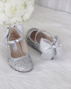 Girls Shoes Party Wear Girls Shoes With Heels Flower Girl Shoes, Little Girl Shoes, Cute Baby Shoes, Flower Girls, Silver Strappy Shoes, Glitter Heels, Cute Girl Dresses, Princess Shoes, Girls Heels