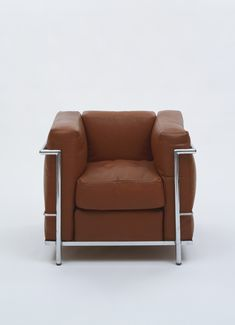 Industrial product design on pinterest dieter rams le for Fauteuil james eames