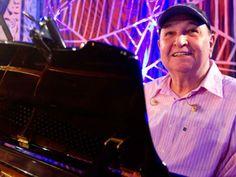 O Clube do Choro segue com a programação dedicada ao músico, cantor, compositor e arranjado João Donato, em setembro.
