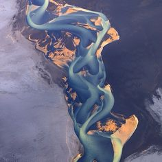 Colour inspiration! Volcanic ash river by Andre Ermolaev
