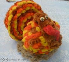 Pipe Cleaner Crafts ~ Animals, Rings, Flowers, Snowflakes, Creatures, Reindeer, Butterfly, Turkey, Reindeer, Monsters, Horses, and more pipe cleaner...