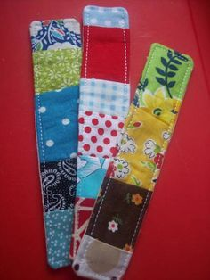 Patchwork Bookmark Tutorial Okay, here it is. My patchwork bookmark tutorial. I hope the directions are clear, although this is a. Scrap Fabric Projects, Fabric Scraps, Craft Projects, Sewing Projects, Sewing Hacks, Sewing Tutorials, Sewing Crafts, Sewing Patterns, Embroidery Patterns