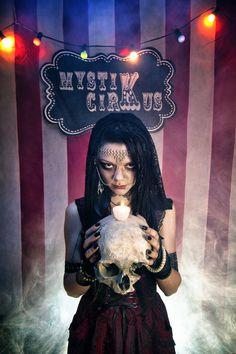 mystiK cirKus #5 - Fortune-teller II by Flo Delabioteam on 500px