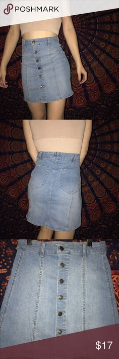 Denim Skirt The only time I have worn this was to take pictures to post! Brand new! Only brandy for exposure!!!! Brandy Melville Skirts A-Line or Full