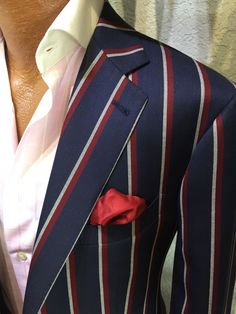 Keep professionalism wearing a custom suit that is perfectly tailored to your body. American style, custom made suits for gentlemen. Dress Suits For Men, Suit And Tie, Men Dress, Der Gentleman, Gentleman Style, Mens Fashion Suits, Mens Suits, Custom Made Suits, Mens Custom Suits