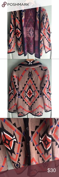Aztec Cardigan Size S Cozy cardigan from forever 21. Perfect for fall/winter. Excellent condition with no signs of wear. Like new. Forever 21 Sweaters Cardigans
