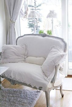 Creative Ways To Decorate With White – Just Imagine – Daily Dose of Creativity