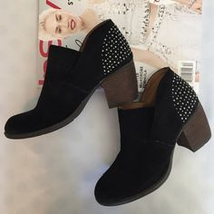 "HP 12/1 Studded Suede Ankle Booties cute and comfy slip on black suede booties from Naya. Feature metal stud detailing on heel, distressed toe and chunky 3"" wood heel. leather upper and padded footbed for extra comfort. worn just once. women's size 35 Euro. or 4M US Naya Shoes Ankle Boots & Booties"