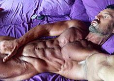 Rafa Martín casi al desnudo.