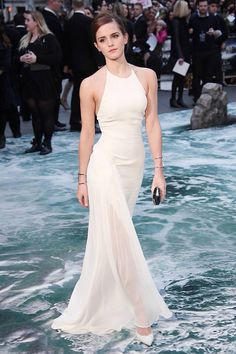 Emma Watson wore a bespoke Ralph Lauren Collection gown, accessorised with heels and a clutch by Jimmy Choo and jewellery by Anita Ko and Jennifer Meyer - Noah premiere, London, March 2014