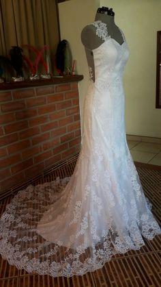 Vestido de Novia corte sirena Lace Wedding, Wedding Dresses, Fashion, Brides, Bridal Gowns, Mermaid, Bride Dresses, Moda, Fashion Styles