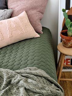 Yarn fine wool antique rose melange - Stoff & Stil - DIY bedroom