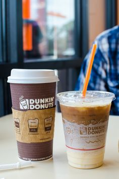 Check out Dunkin Donuts and their new Fall Flavors menu with Salted Caramel Macchiato! Check out Dunkin Donuts and their new Fall Flavors menu with Salted Caramel Macchiato! Vanilla Iced Coffee, Best Iced Coffee, Iced Latte, Coffee Coffee, Dunkin Donuts Cappuccino, Dunkin Donuts Recipe, Iced Caramel Macchiato Recipe, Caramel Latte, Secret Menu