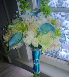 Hey, I found this really awesome Etsy listing at https://www.etsy.com/listing/179364174/blue-green-calla-lily-bouquet-calla-lily