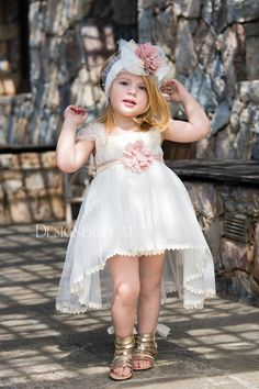 💜🏵🌸 #sales #vaptisi #baptism #clothes #designerscat #catinthehat #bombonieres #invitations #candles #box #smile #spreadsomelove #happythings #goodday #possitivethoughts #possitive #hugs #happy #goodvibes #mood #play #playtime #babies #kids #kiss #tinytalesmoments #tinytales