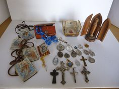 RELIGIOUS ICONS, CROSSES, MEDALS, BEADS, SCAPULAS, ETC COLLECTION