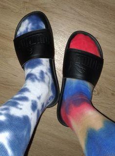 Slide Sandals, Clogs, Socks, Sneakers, Outfits, Fashion, Sandals, Clog Sandals, Tennis