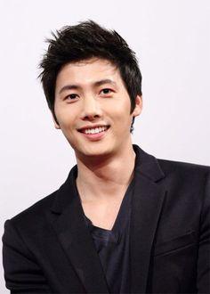 Lee Sang-Woo.