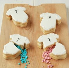 Gender reveal cookies how-to from Craftstorming