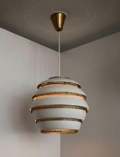 Mid-Century-Modern-Lighting-Designers-We-Know-and-Love-4 Mid-Century-Modern-Lighting-Designers-We-Know-and-Love-4