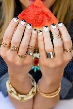 Exquisite triangular French mani If you've never tried this you should give it a shot because it's really striking!