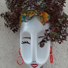 DIY Face Shaped Painted Plastic Bottle Planters - Balcony Decoration Ideas in Ev. - DIY Face Shaped Painted Plastic Bottle Planters – Balcony Decoration Ideas in Every Unique Detail - Plastic Bottle Planter, Reuse Plastic Bottles, Plastic Bottle Flowers, Plastic Bottle Crafts, Plastic Pots, Garden Crafts, Diy Garden Decor, Balcony Decoration, Garden Ideas