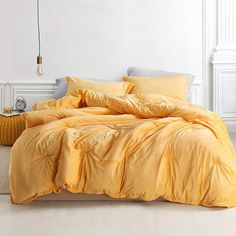 Byourbed Coma Inducer Oversized King Comforter - Baby Bird - Mimosa *** You can get more details by clicking on the image. (This is an affiliate link) Dorm Comforters, Bedroom Comforter Sets, Twin Xl Comforter, Comforter Cover, Dorm Bedding, College Bedding Sets, Queen Comforter Sets, Yellow Comforter Set, Bed Sets
