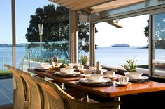 Proviner Resturant overlooking Paihia harbour