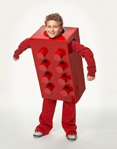 No-sew DIY Halloween Costumes that are cute and clever! Giant Lego!