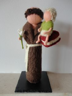 Santo António by TERRA DE CORES (needlefelting)