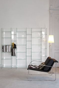 Freestanding modular #glass #bookcase DELPHI H. 190 by @sovetitalia