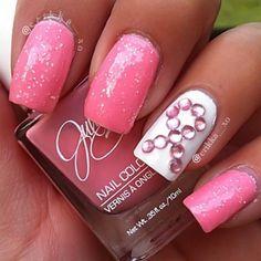 Breast cancer awareness pink nails #BCA #Nails #beautyinthebag