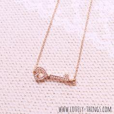 Herz Schlüssel Kette ♡ Heart Key Necklace // www.lovely-things.com #lovelythingscom