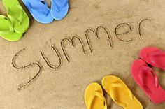 love the coloured jandals. I have them in every colour from old navy. this pic definately describes summer!