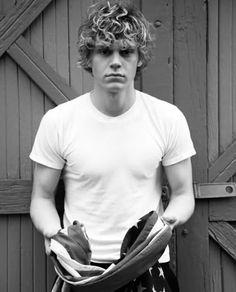 Evan Peters ❤ #men #handsome