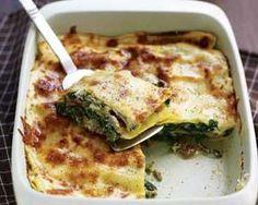 Chicken and pesto lasagna recipe. A healthy alternative to the traditional beef lasagna