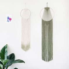 Large Macrame Hoop Wall Hanging / Olive Green Copper Metal / Ombre / Dip Dye / Modern Macrame / Home Deco / Boho / Wall Art / Makrame