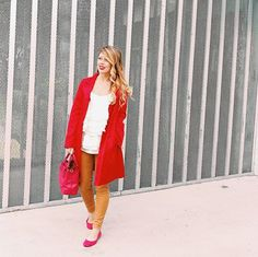 Feeling punches of red lately, and I'm making changes on the blog right now if you want to check them out  #ontheblog #updates #houstonblogger #ootd #saturday #threehc2016 #ksny #red