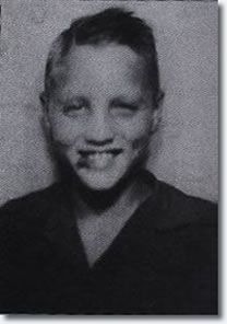 ..September 1946, Elvis enters sixth grade at Milam Junior High School. Elvis sings a song at the invitation of teacher Mrs Camp who recalls, 'He was so good the children just got quiet and pleased with him'. - See more at: http://www.elvispresleymusic.com.au/elvis_presley_1935_1953.html#sthash.ULuMCc57.dpuf