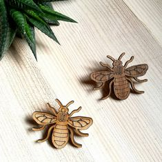 8da4c991b83d1 Manchester bee gift Beekeeper Save the bees Mama bee gift best enamel pin,  bumble, worker bee