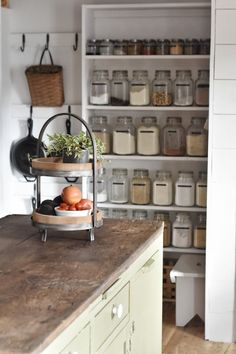 Flat Creek Farmhouse - Organize Your Pantry