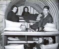 Anderson Shelters Anderson Shelter, Bomb Shelter, Joining The Army, British Home, The Blitz, Air Raid, Lest We Forget, Barcelona, World War One
