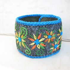 Embroidered Cuff Bracelet, Yellow Daisies, Gray Wool Felt.