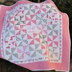 Made this for my grandbaby, Maddie due in early February. Made with Riley Blake fabrics, and modified Pinwheel Baby Quilt pattern by Jodi Nelson. Inspired by previously posted quilt on Quiltsbyme entitled