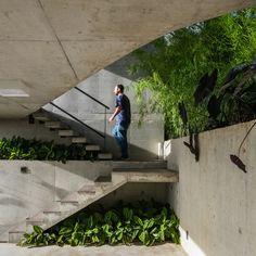 LEnS House / Obra Arquitetos   ArchDaily