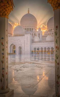 Mosque Architecture, Religious Architecture, Beautiful Architecture, Beautiful Buildings, Architecture Photo, Islamic Wallpaper Hd, Mecca Wallpaper, Nature Wallpaper, Beautiful Mosques
