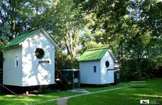 Would you like to stay in a giant birdhouse? This is a fun idea for a Bed and Breakfast!