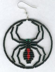 Halloween Black Widow Spider Earrings by FoxyMomma Creations 12 Newer Older My husband came up with this idea of putting my beaded spider. Halloween Schmuck, Halloween Beads, Halloween Jewelry, Holiday Jewelry, Seed Bead Earrings, Beaded Earrings, Beaded Jewelry, Hoop Earrings, Jewellery